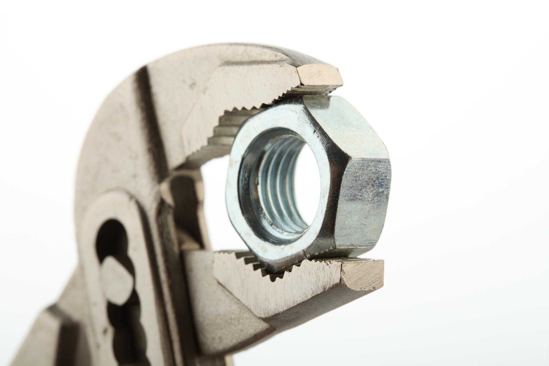 Ferreteria concept design - Bricor sanitarios ...